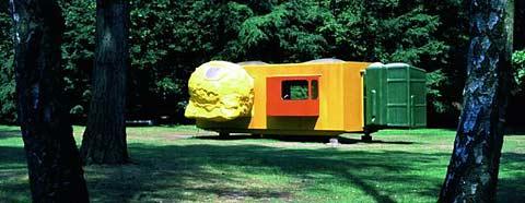 Atelier van lieshout mobile home voor het krller mller 1995