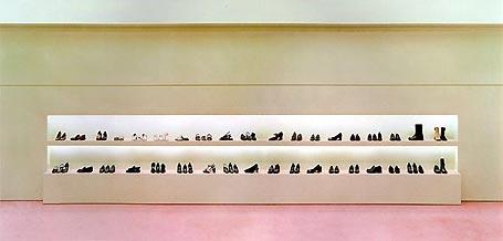 Andreas Gursky: 'Prada I'; 1996; C-Print, 134 x 226 cm