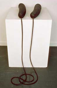 Eva Hesse: 'Ingeminate'; 1965; Enamel paint, cord, and papier-m�ch� over two balloons connected with surgical hose