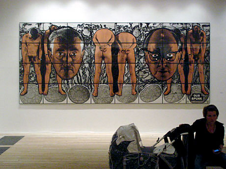 Gilbert, George en vermoeide moeder in Tate Modern