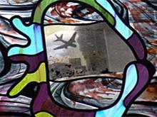 detail van raam van Marc Mulders
