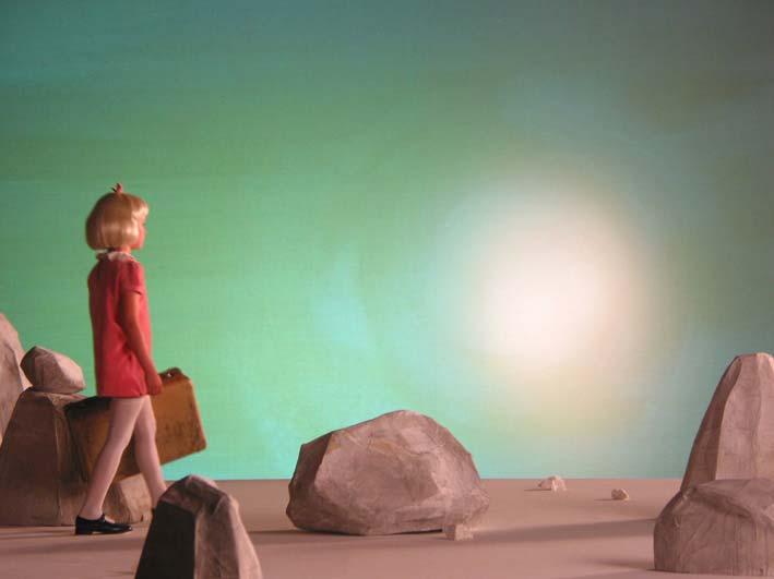 'Een dapper meisje, alleen op weg' - setfoto uit een korte film van Dick Tuinder (2004)