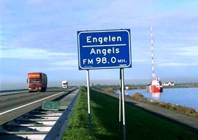Moniek Toebosch: 'Engelen/Angels'; Engelenzender; Dijk Enkhuizen-Lelystad; 1994